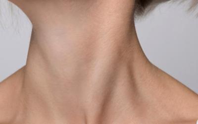Bajoues, ovale du visage, correction du cou : le lifting du visage et du cou